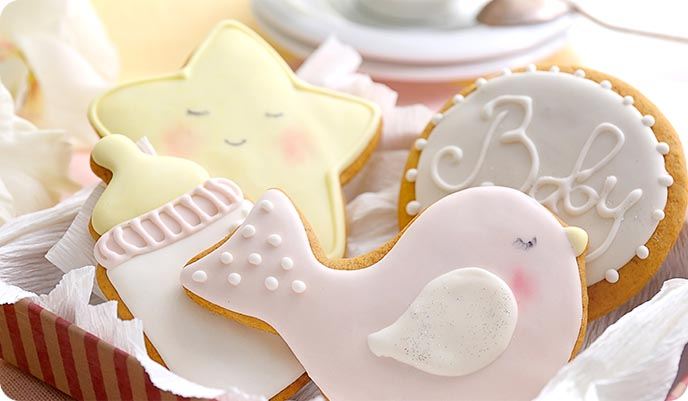 Pastel coloured Baby Shower Biscuits