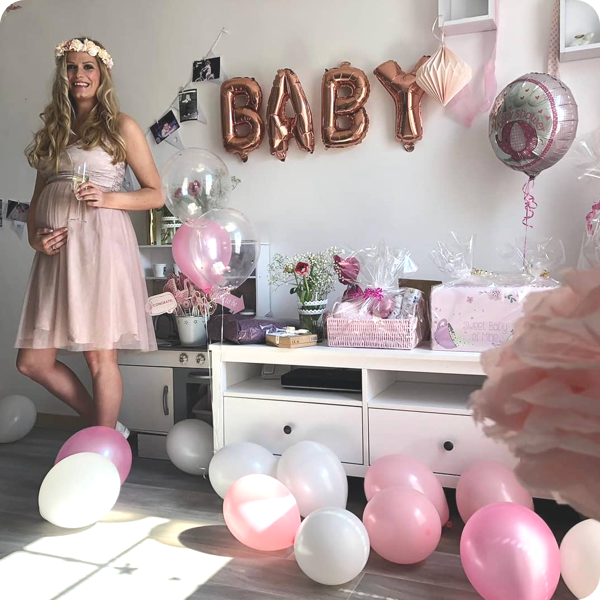 Baby announcement party
